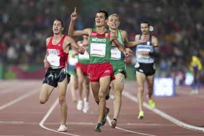 Oro de Martínez en atletismo iguala cosecha previa de México