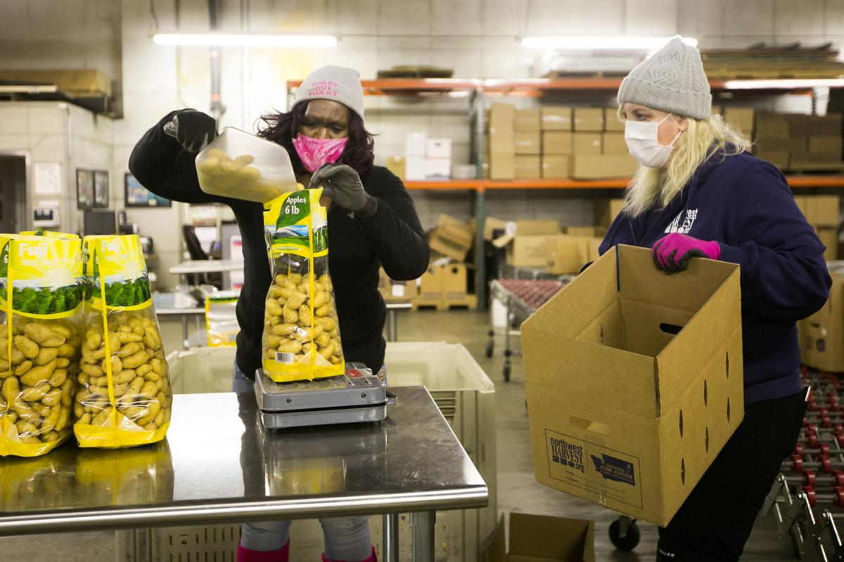 201119-es-news-foodforthanksgiving-3.jpg