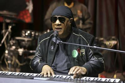 Stevie Wonder anuncia que le harán trasplante de riñón