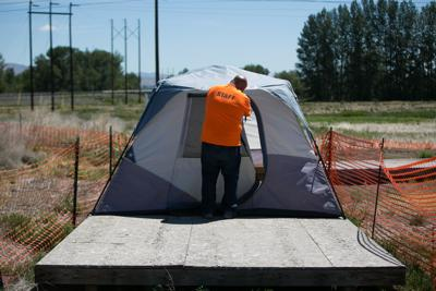 210418-es-news-surge in homelessness