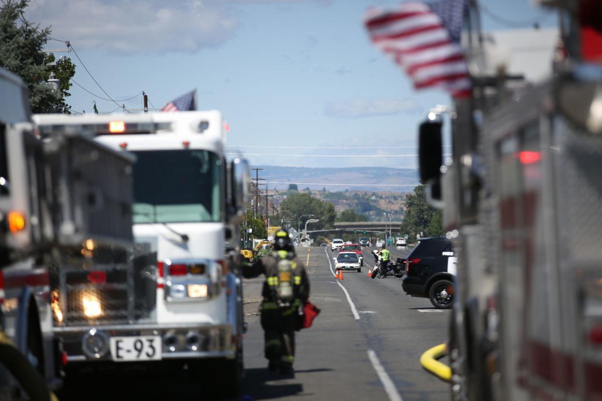 Incendio en  Stop and Go Drive Inn en Yakima