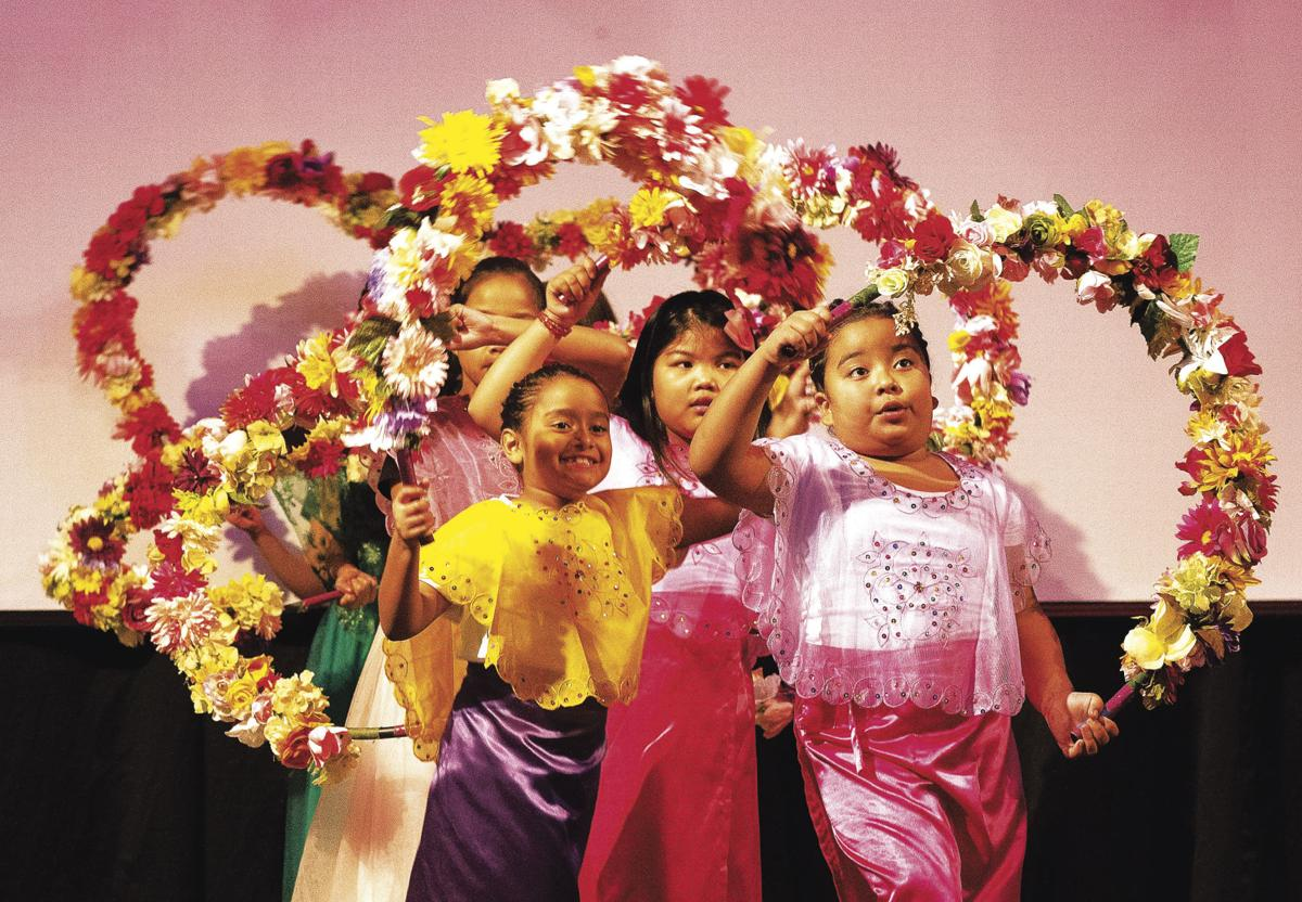 Folclor filipino en el valle