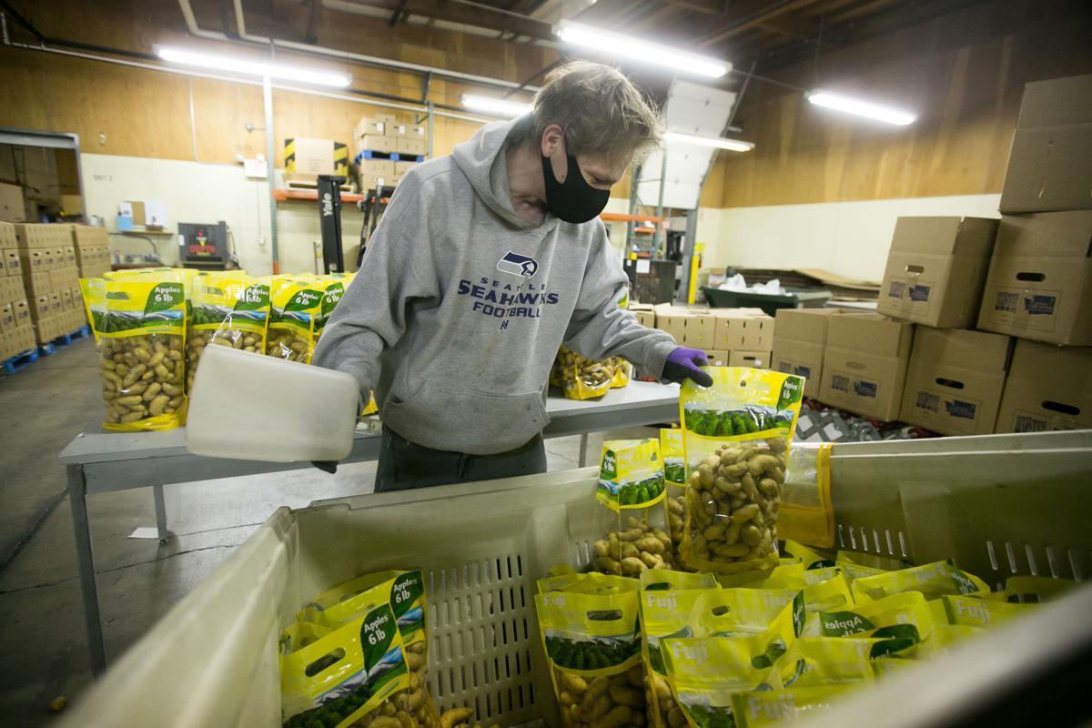 201119-es-news-foodforthanksgiving-1.jpg