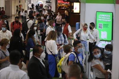 Alertan por tercera ola de contagios en México