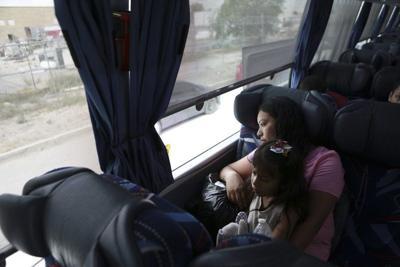 México: Centroamericanos devueltos por EE.UU. son repatriados