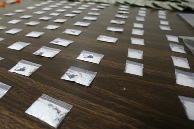 Hombre que pesa 900 libras es acusado de tráfico de cocaína