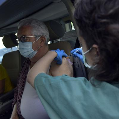 España se apresta a relajar sus medidas contra la pandemia