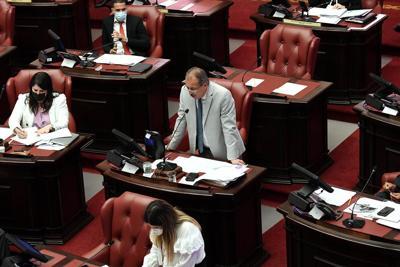 El presupuesto enmendado por el Senado se quedaría corto de votos en la Cámara