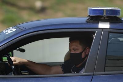 Policía presenta protocolo para coronavirus tras 600 agentes en cuarentena