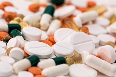 Distribuidores de medicamentos estadounidenses deberán pagar por la crisis de opioides