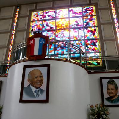 A media asta banderas en San Juan por muerte de Aarón