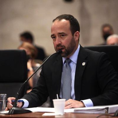 Omar Marrero considera que no debe renunciar a su puesto si es confirmado como secretario de Estado