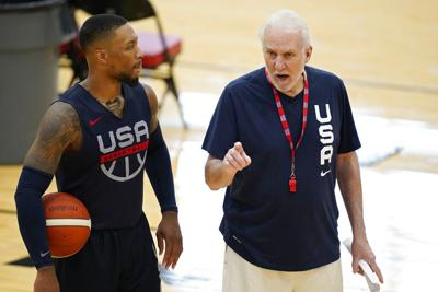 Equipo de baloncesto de Estados Unidos viaja incompleto a Tokio