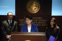 FBI arresta a exfuncionaria de FEMA y a expresidente de Cobra