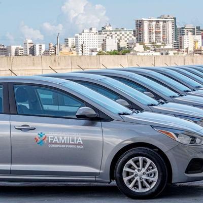 Departamento de la Familia adquiere nuevos autos para la Oficina de Licenciamiento