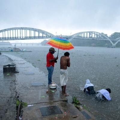 Un potente ciclón amenaza a la India