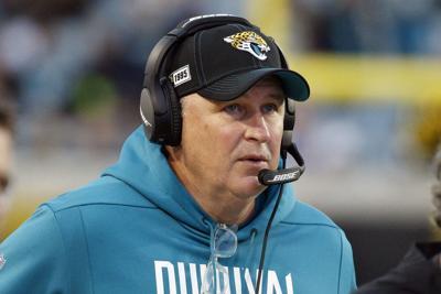 Jaguars despiden a su entrenador tras cerrar con 15 derrotas