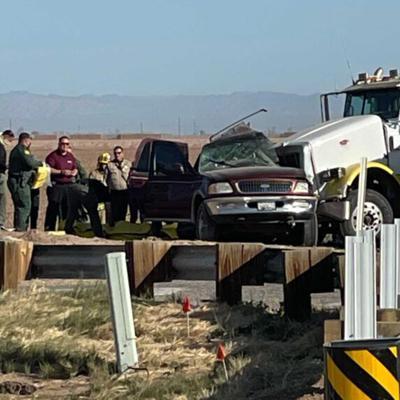 13 muertos en choque de camioneta en California