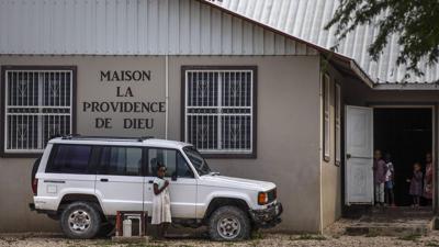 Estados Unidos y Haití tratan de liberar a 17 misioneros secuestrados