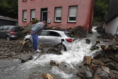 Impresionantes inundaciones se reportan en el oeste de Europa
