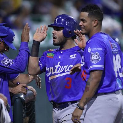 Cangrejeros aumentan su ventaja en béisbol de Puerto Rico