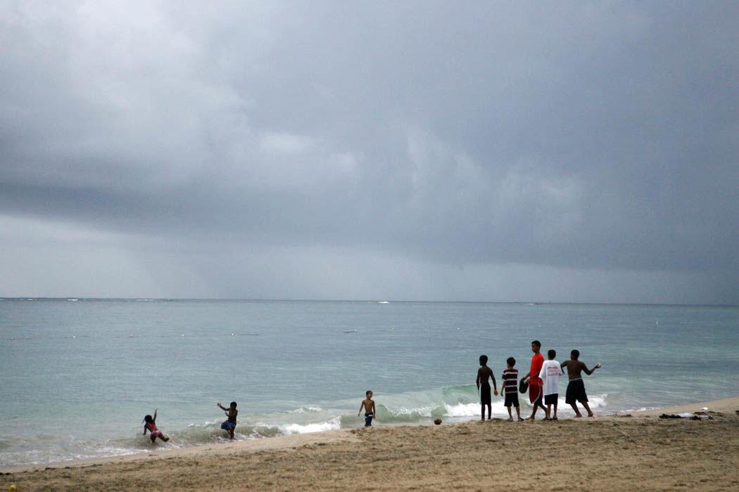 Comienza campaña para mantener las playas limpias en la Noche de San Juan