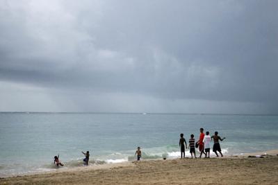 Piden mantener las playas limpias en la Noche de San Juan