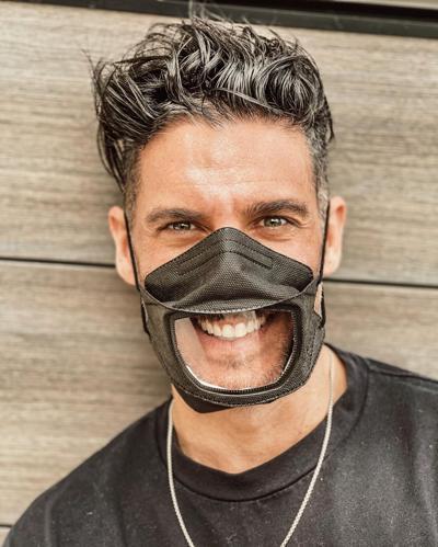 "Actor crea iniciativa de mascarillas ""Smile Guard"""