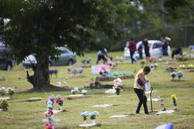 Cementerios de San Juan abrirán por el Día de los Padres
