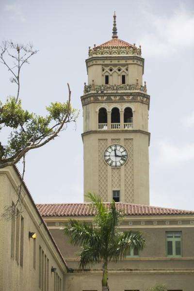 Evalúan candidatos para la presidencia interina de la UPR