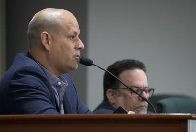 Méndez no suelta prenda de querella ética contra Guillermo Miranda