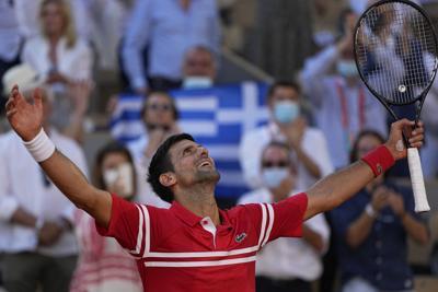 Novak Djokovic remonta y conquista su segundo Abierto de Francia