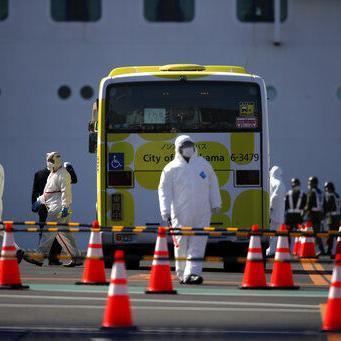 Japón: Termina cuarentena en crucero; inician desembarco