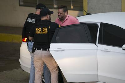 Arrestos por fraude a agencias federales