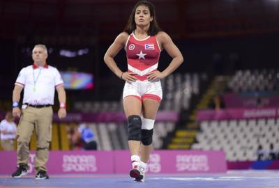 Nes Marie Rodríguez gana medalla de bronce en lucha olímpica