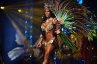 Yarishna Ayala de Exatlón se corona reina del fisiculturismo