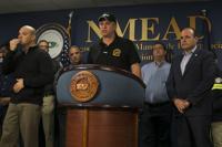 Gobernadora destituye a comisionado del NMEAD, Carlos Acevedo