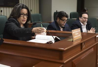 Propuesta en la Cámara para investigar el despido de Longo Quiñones