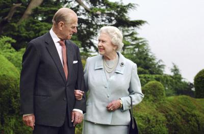 """Un juez sella el testamento del príncipe Felipe en pro de la """"dignidad"""" real"""