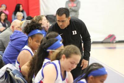Ofrecerán clínicas virtuales gratis para entrenadores de baloncesto
