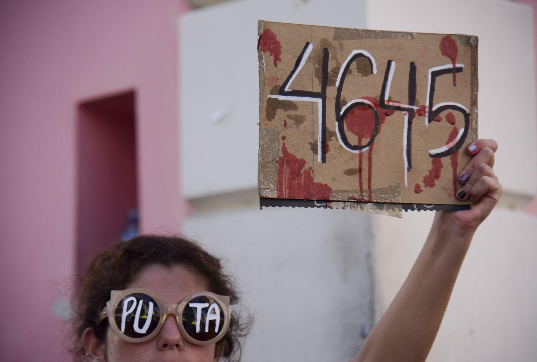 Inician preparativos en La Fortaleza ante protestas