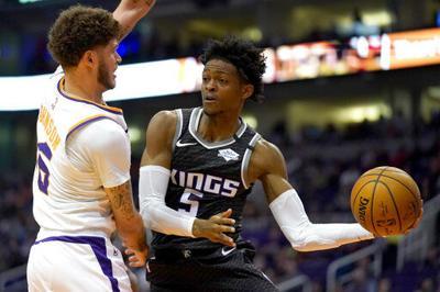 Kings revierten déficit de 21 puntos y vencen a Suns