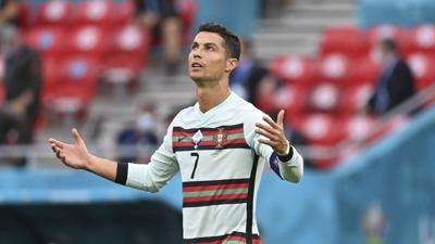 Cristiano Ronaldo desprecia una botella de Coca-Cola y bajan los precios de las acciones