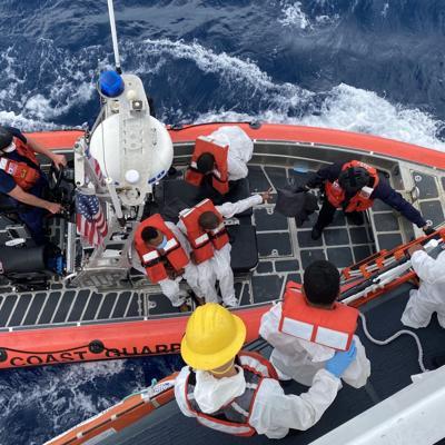 Intervienen con 38 inmigrantes ilegales en aguas del oeste de la Isla