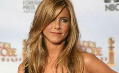 Muere madre de Jennifer Aniston
