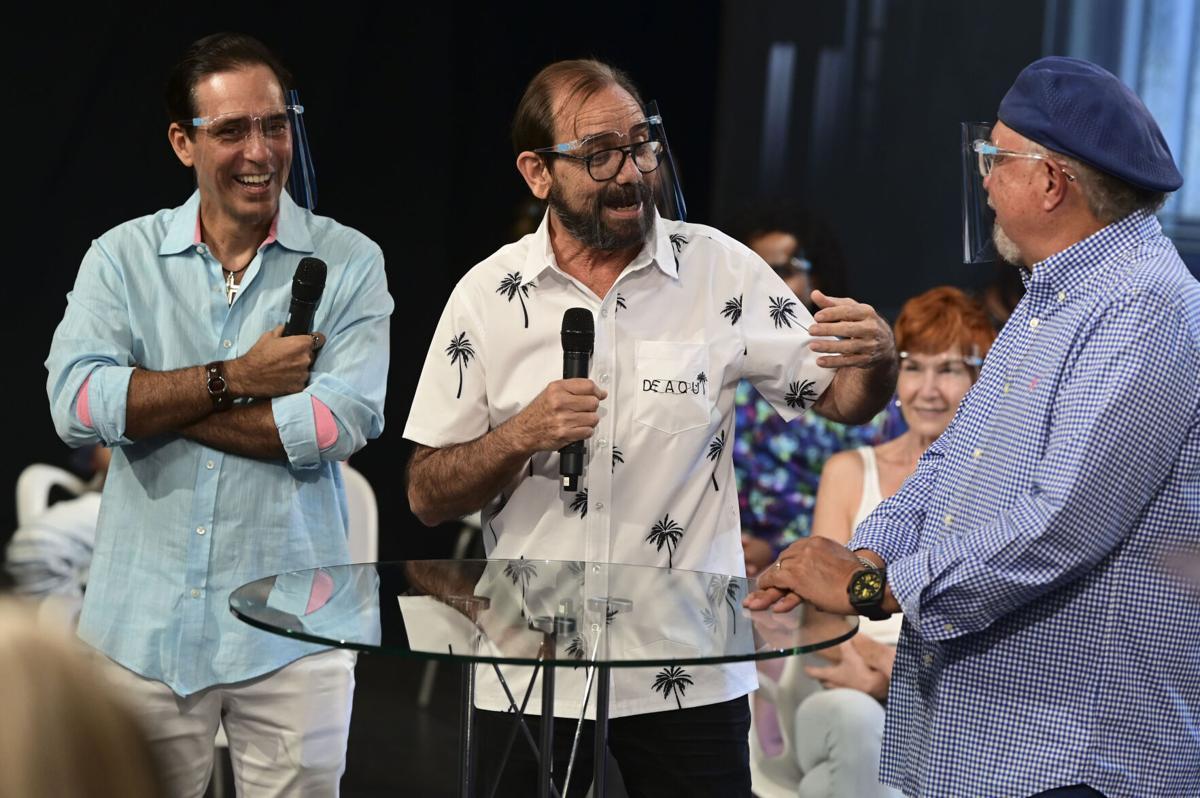 Jorge Castro, Rene Monclova y Sunshine Logroño