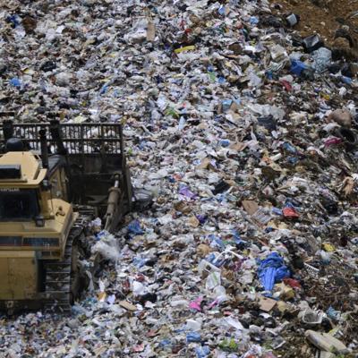 La Asociación de Alcaldes busca soluciones al problema de manejo de desperdicios sólidos