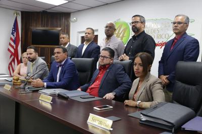 Gelpí arremete contra escrito de Asociación de Alcaldes en caso peleas de gallos