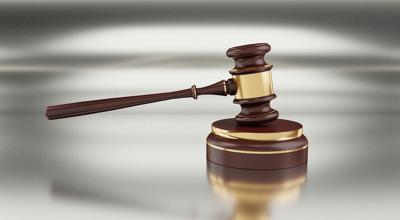 Someten cargos a mujer por Ley 54