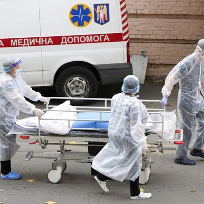 Ucrania registra una nueva cifra récord en muertes por covid-19